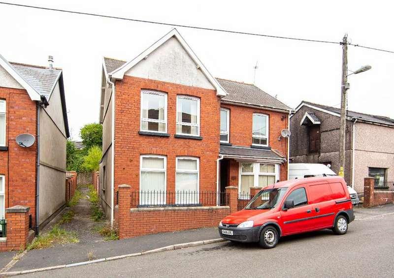 4 Bedrooms Detached House for sale in Goshen Street Rhymney, Tredegar