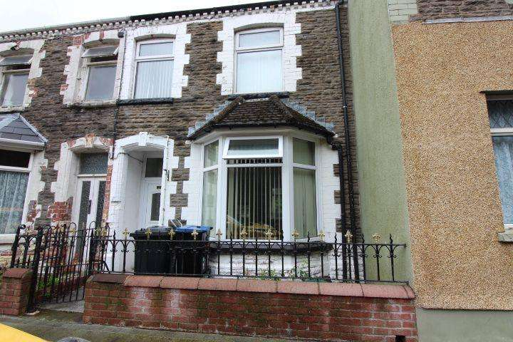 3 Bedrooms Terraced House for sale in Church Crescent, Ebbw Vale