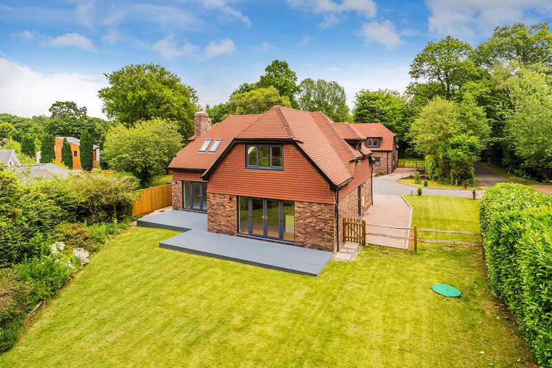 4 Bedrooms Detached House for sale in The Ride, Ifold, Billingshurst, RH14