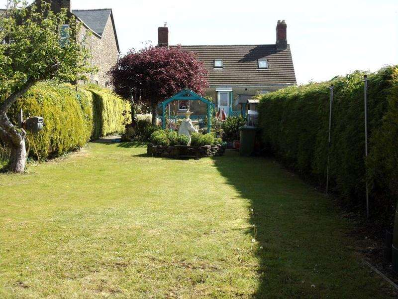 5 Bedrooms Detached House for sale in Bream Road, Lydney
