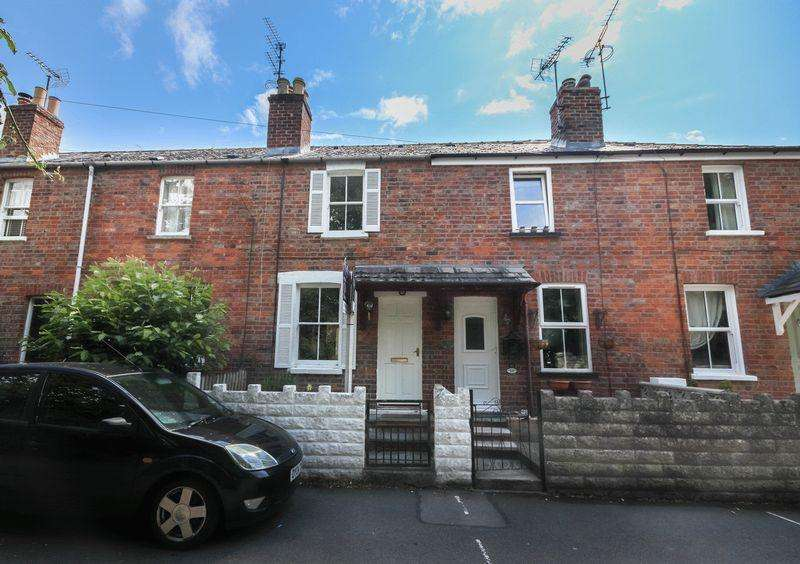 2 Bedrooms Cottage House for sale in Bafford Lane, Cheltenham