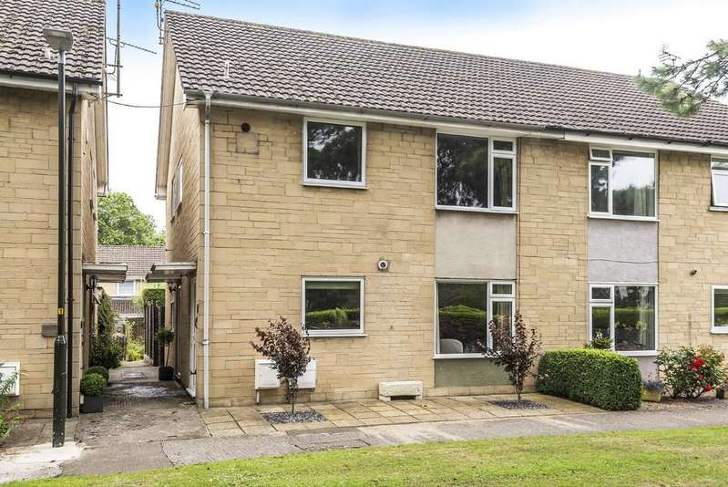 2 Bedrooms Apartment Flat for sale in Hereward Road, Cirencester