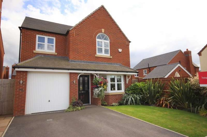 4 Bedrooms Detached House for sale in Whatcroft Way, Middlewich, CW10
