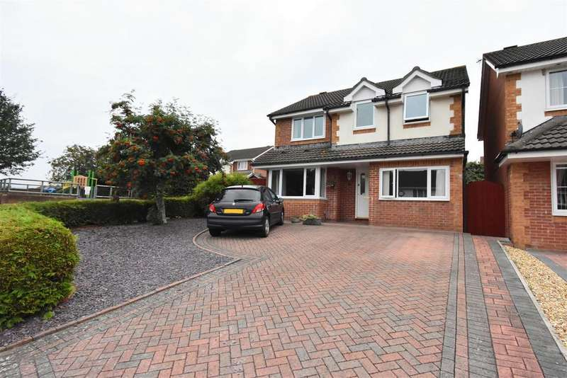 4 Bedrooms Detached House for sale in Valentine Lane, Chepstow