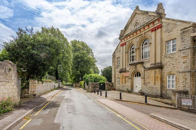 2 Bedrooms Apartment Flat for sale in Castle Street, Stroud