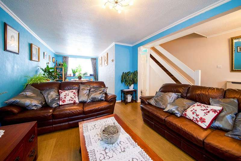 3 Bedrooms House for sale in Chesterton Terrace, London, E13