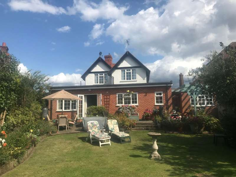 3 Bedrooms Detached House for sale in Courthouse Road, Maidenhead