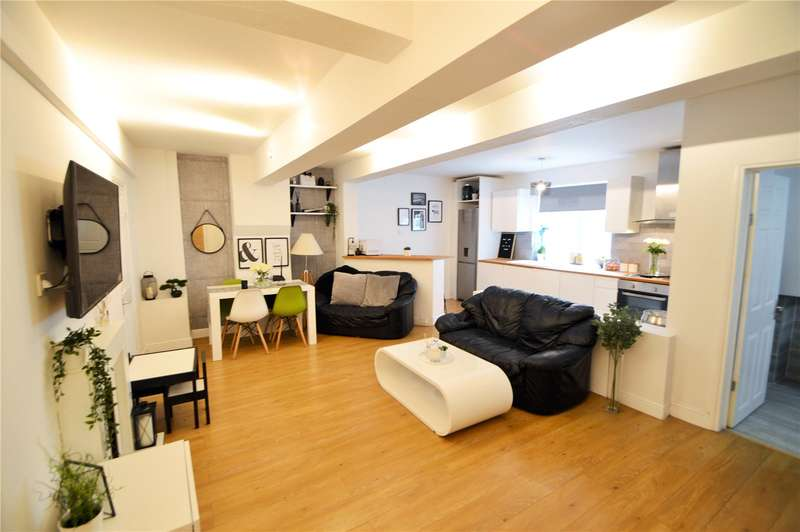 2 Bedrooms Maisonette Flat for sale in The Waldrons, Croydon