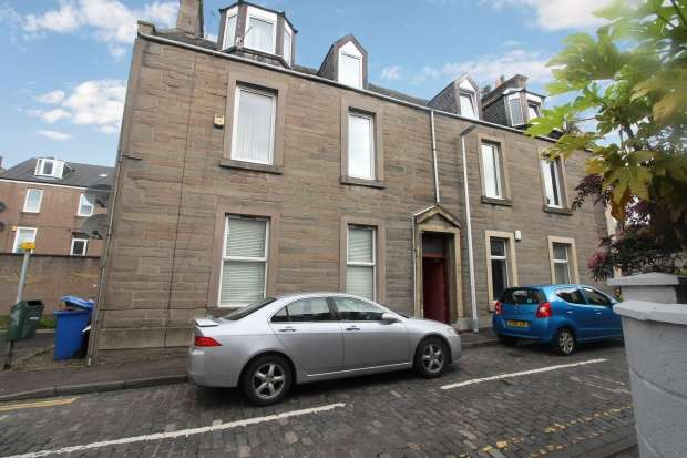 2 Bedrooms Flat for sale in South George Street, Dundee, Angus, DD1 2QE