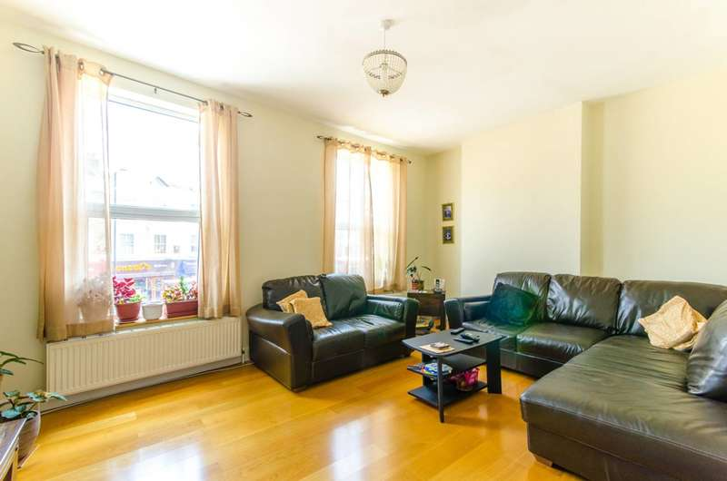 3 Bedrooms Maisonette Flat for sale in High Road, North Finchley, N12