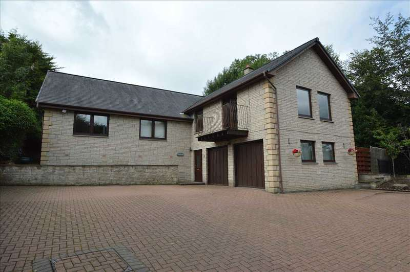 4 Bedrooms Detached House for sale in Lanark Road, Crossford