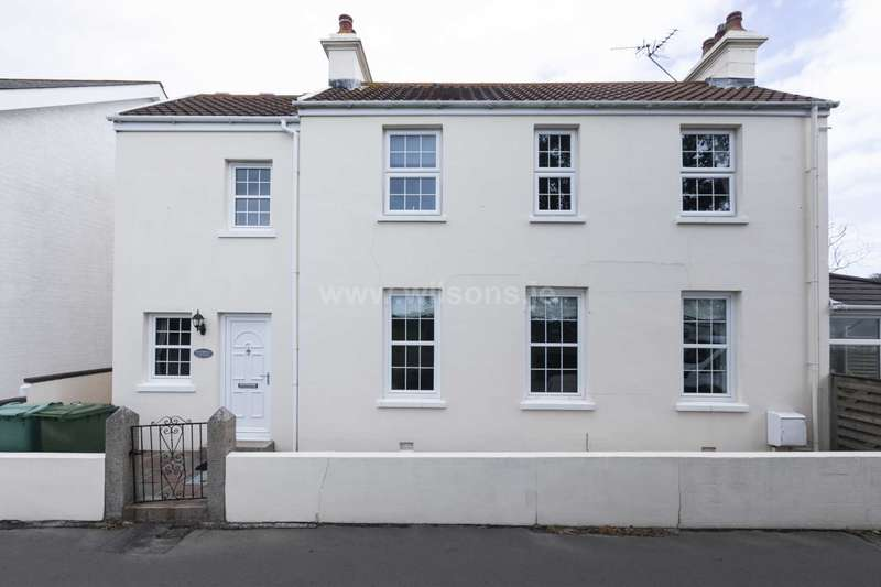 4 Bedrooms Detached House for sale in St Clement