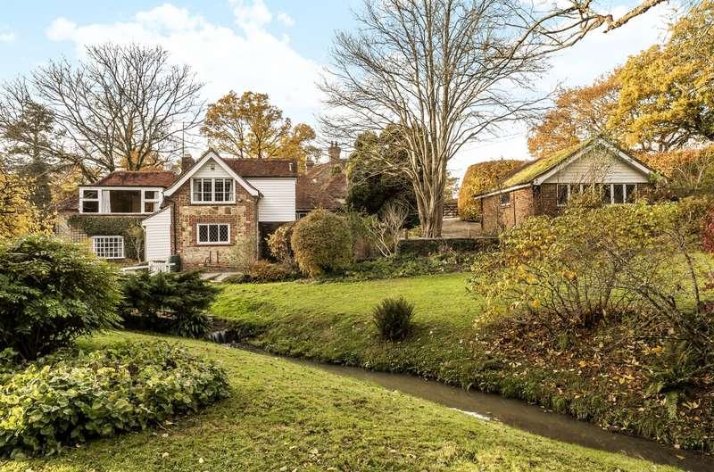 4 Bedrooms Detached House for sale in Bex Lane, Heyshott, Midhurst, GU29
