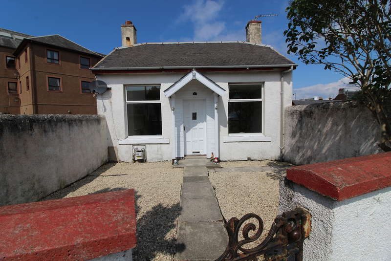 2 Bedrooms Bungalow for sale in Saunterne Road, Prestwick, KA9