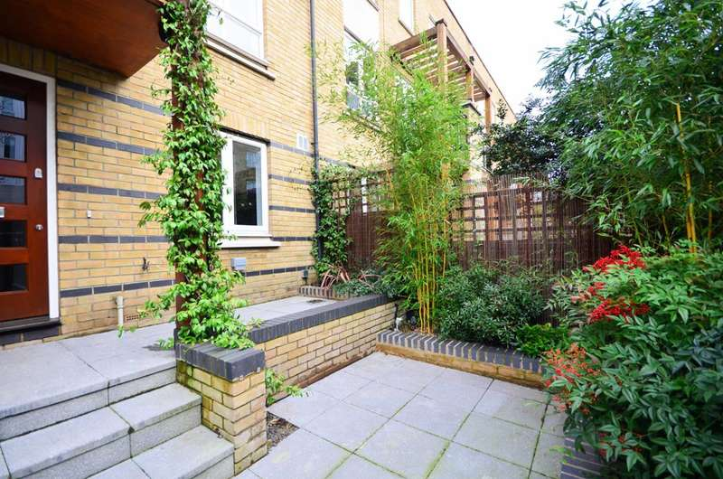 5 Bedrooms House for rent in St Davids Square, Canary Wharf, E14