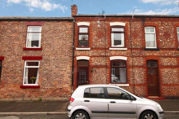 3 Bedrooms Terraced House for sale in Stirling Street, Wigan, Lancashire, WN1 2HJ