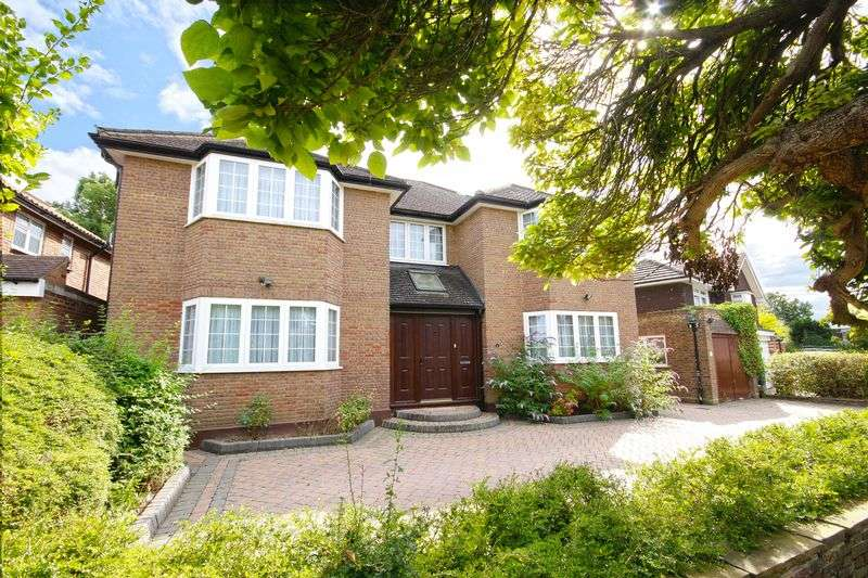 5 Bedrooms Property for sale in Cedar Drive Hatch End, Pinner