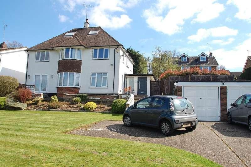 5 Bedrooms Detached House for sale in Misbourne Vale, Chalfont St. Peter, SL9