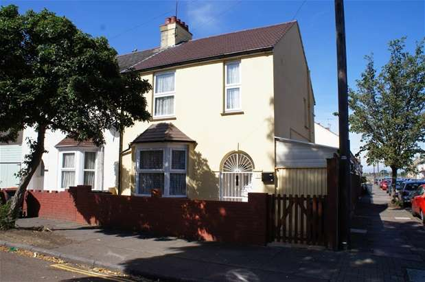 3 Bedrooms Semi Detached House for sale in Southville Road, Bedford