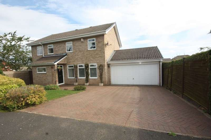 4 Bedrooms Detached House for sale in Falcon Way, Guisborough, TS14