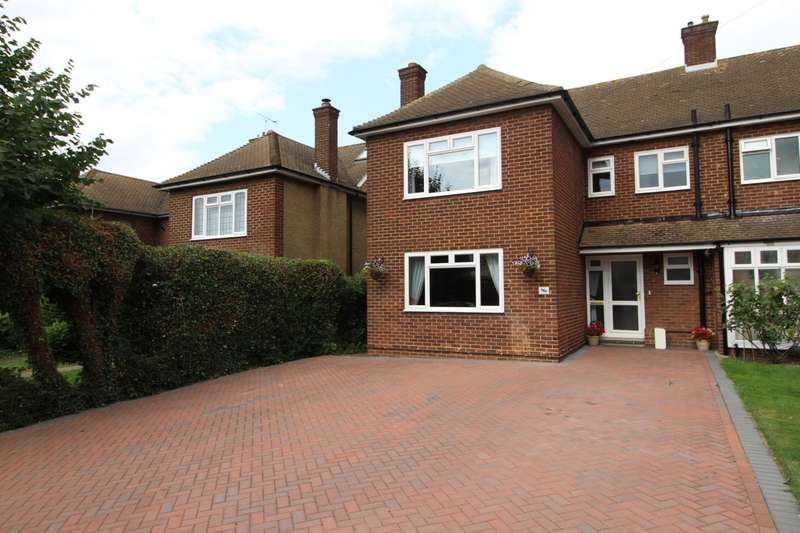 4 Bedrooms Semi Detached House for sale in Whitehill Road, Gravesend, Kent, DA12