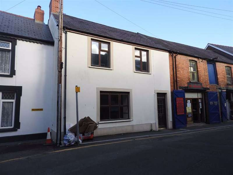 3 Bedrooms Terraced House for sale in Queens Terrace, CARDIGAN, Ceredigion