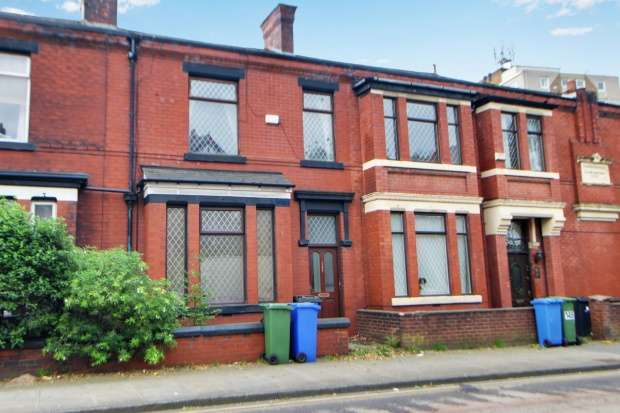 3 Bedrooms Terraced House for sale in Stamford Street, Stalybridge, Cheshire, SK15 1LU