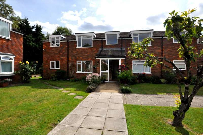2 Bedrooms Flat for sale in Bickerley, Ringwood, BH24 1EQ