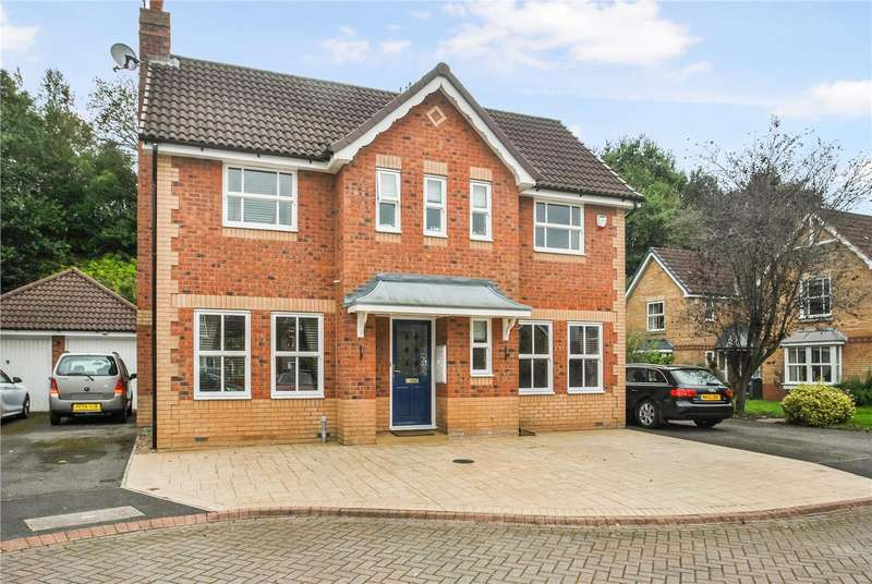 3 Bedrooms Detached House for sale in Poynton Close, GRAPPENHALL, WARRINGTON, WA4