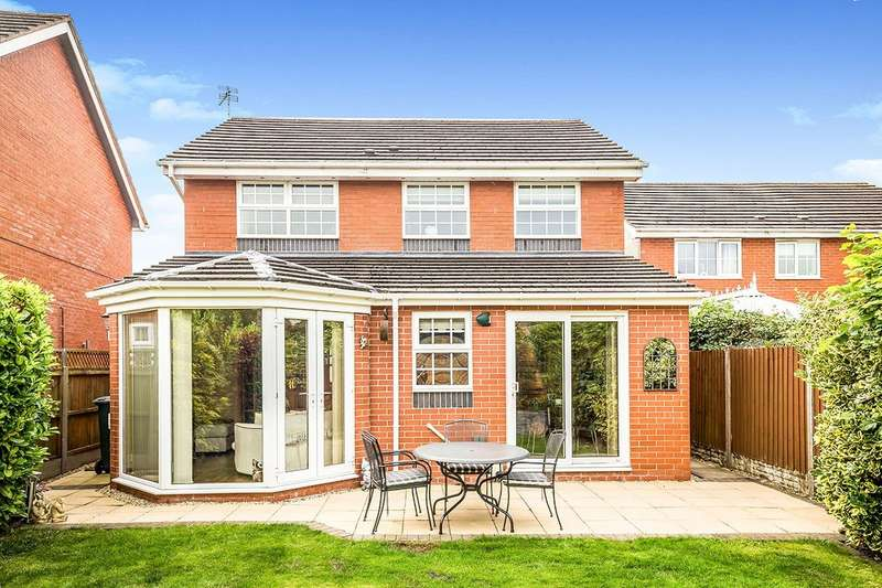 4 Bedrooms Detached House for sale in Fitzgwarine Drive, Whittington, Oswestry, Shropshire, SY11