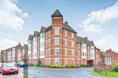 3 Bedrooms Flat for sale in Kiln Drive, Woburn Sands, Milton Keynes, Buckinghamshire