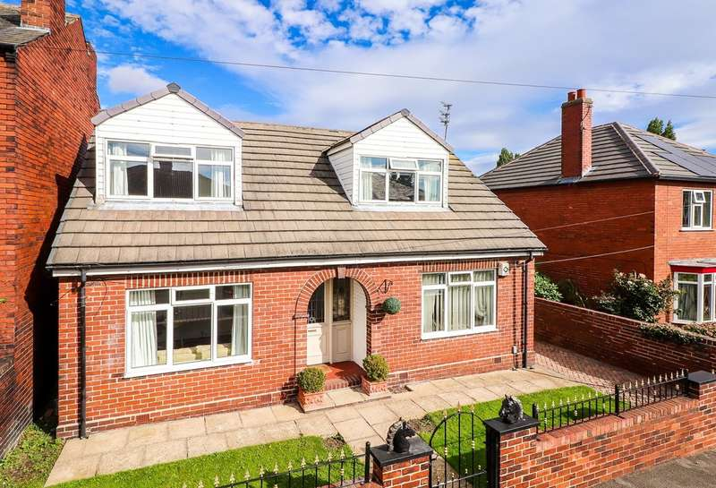 4 Bedrooms Detached Bungalow for sale in Bromley Mount, Wakefield