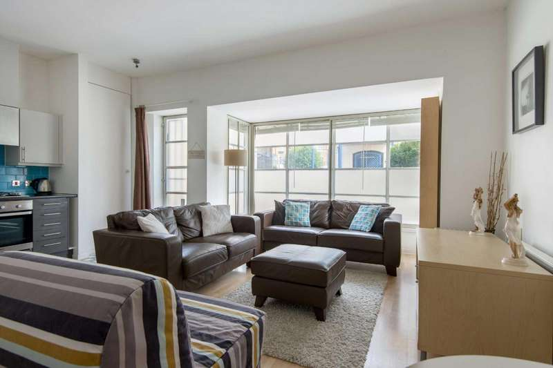 1 Bedroom Apartment Flat for sale in The Watergarden, Northey Street, London, E14