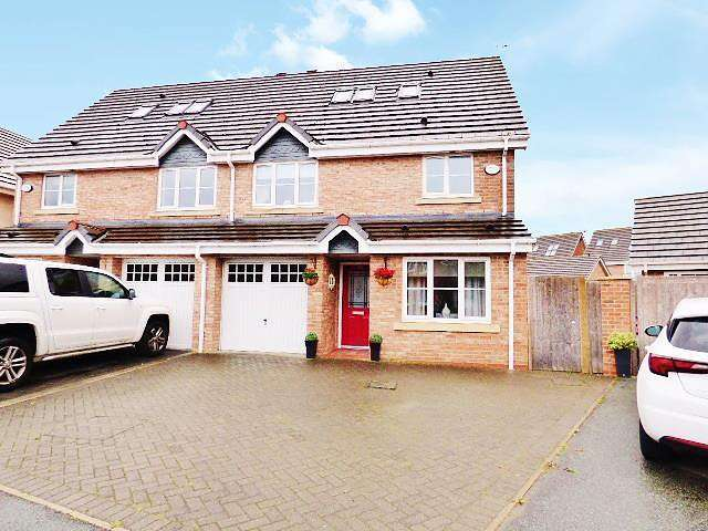 4 Bedrooms House for sale in Snowberry Crescent, Warrington