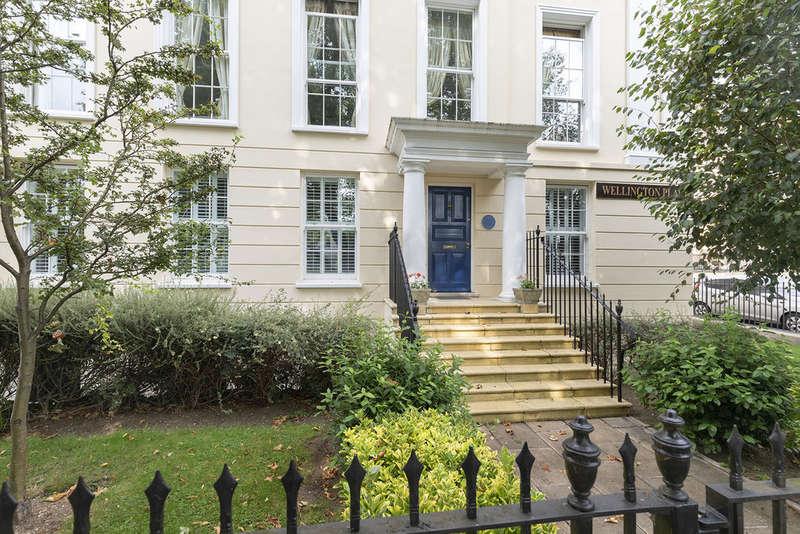 2 Bedrooms Flat for rent in Wellington Place, London Road, Cheltenham GL52 6EW