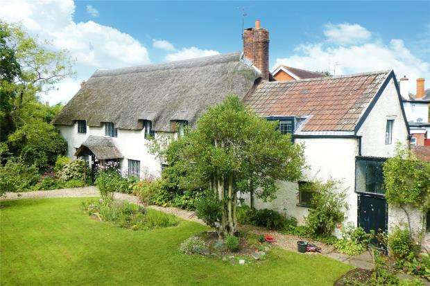 5 Bedrooms Detached House for sale in Kingston Road, Taunton, Somerset
