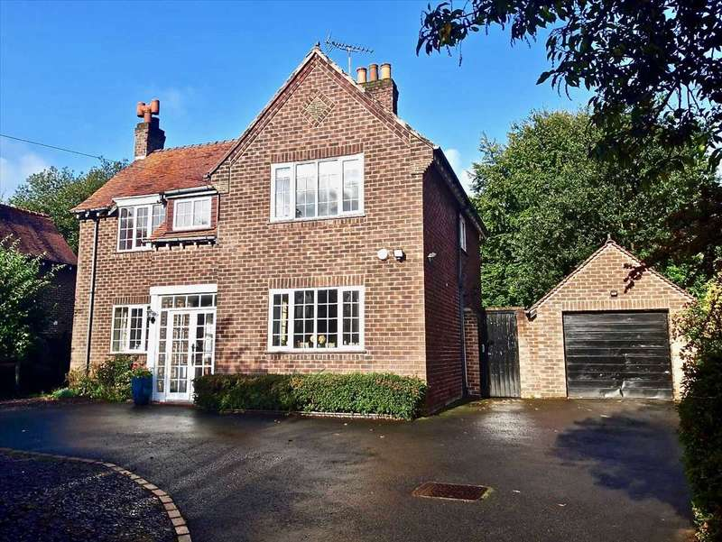 4 Bedrooms Detached House for sale in Manchester Road, Tytherington, Macclesfield
