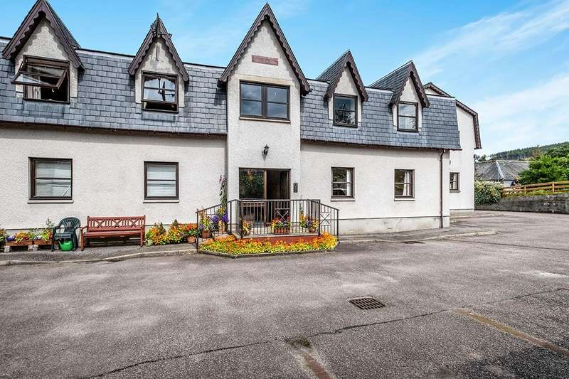 2 Bedrooms Apartment Flat for sale in Strathpeffer, Strathpeffer, Ross-Shire, IV14