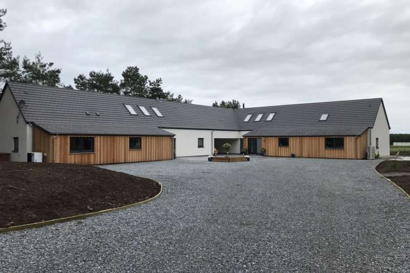 7 Bedrooms Detached House for sale in Mid Buthill, Roseisle, Elgin, Morayshire, IV30