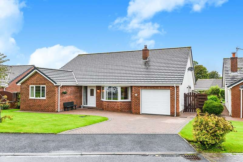 3 Bedrooms Detached Bungalow for sale in Netherfield Close, Summer Grove Park, Whitehaven, Cumbria, CA28