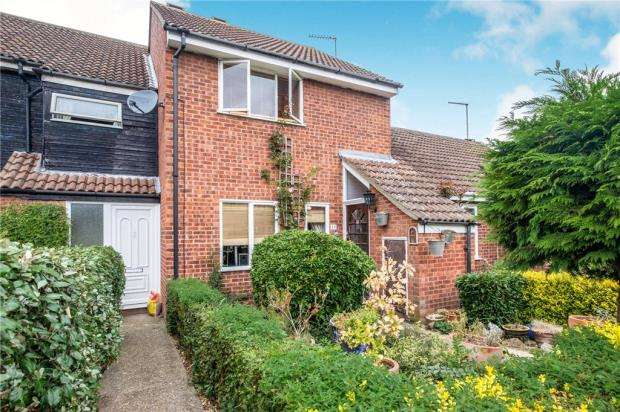 3 Bedrooms Terraced House for sale in Bure Close, St. Ives, Cambridgeshire