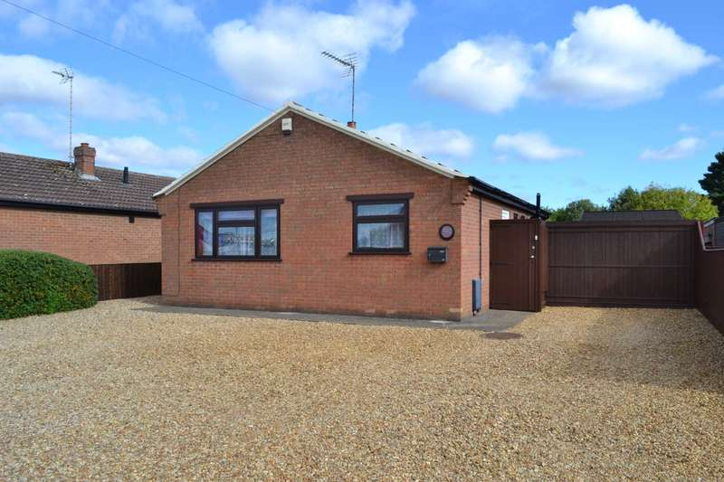 2 Bedrooms Detached Bungalow for sale in Weasenham Lane, Wisbech PE13