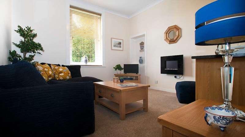 1 Bedroom Flat for sale in Glenburn Drive, Kilmacolm