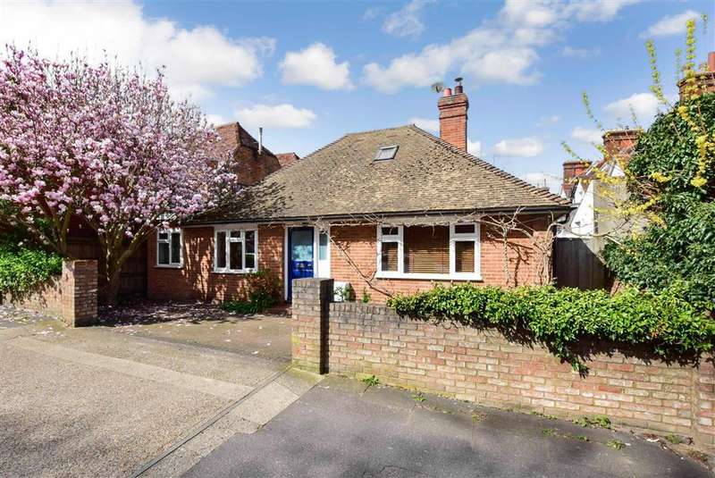 3 Bedrooms Bungalow for sale in Nunnery Fields, , Canterbury, Kent