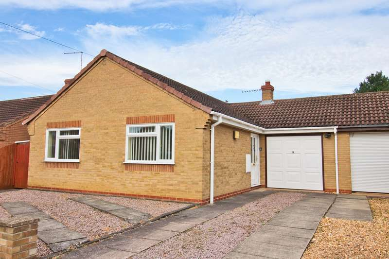 2 Bedrooms Bungalow for sale in Bramble Close, Whittlesey, PE7