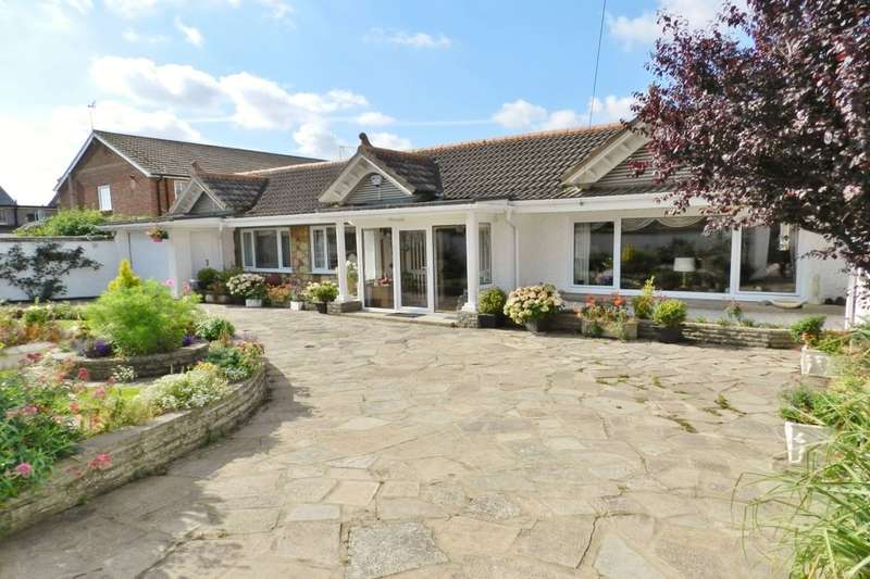 3 Bedrooms Detached Bungalow for sale in Sandhurst Road, Sandilands, LN12