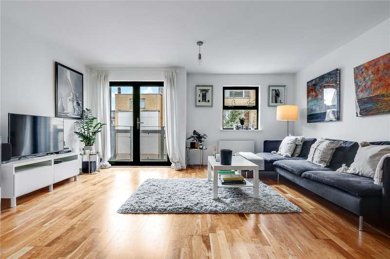 2 Bedrooms Flat for sale in Quaker Street, London, E1