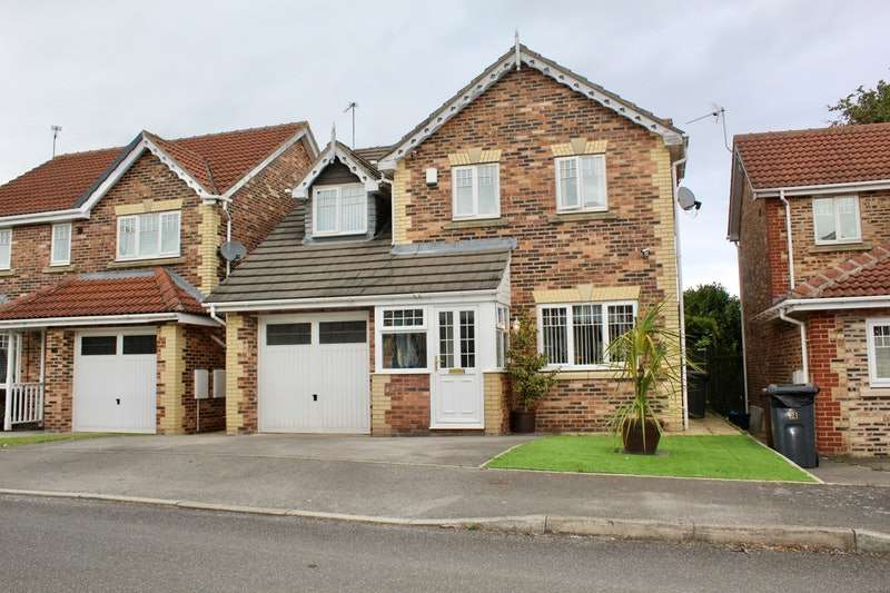 4 Bedrooms Detached House for sale in Fox Lane Court, Sheffield, South Yorkshire, S12