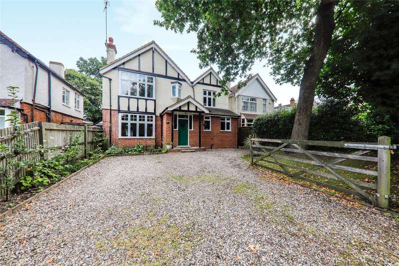 5 Bedrooms Detached House for sale in Farnborough Road, Farnborough, Hampshire, GU14