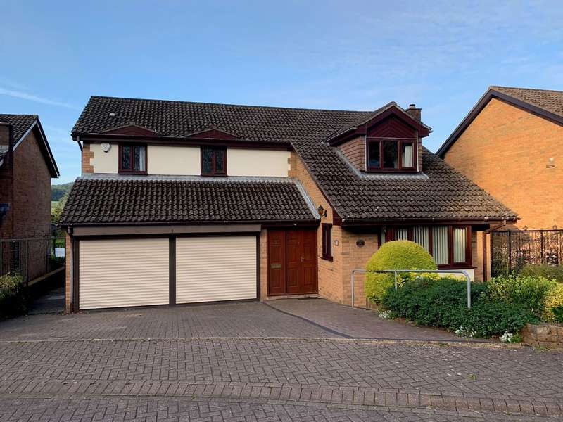 4 Bedrooms Detached House for sale in Oakfield Gardens, Machen, Caerphilly, CF83